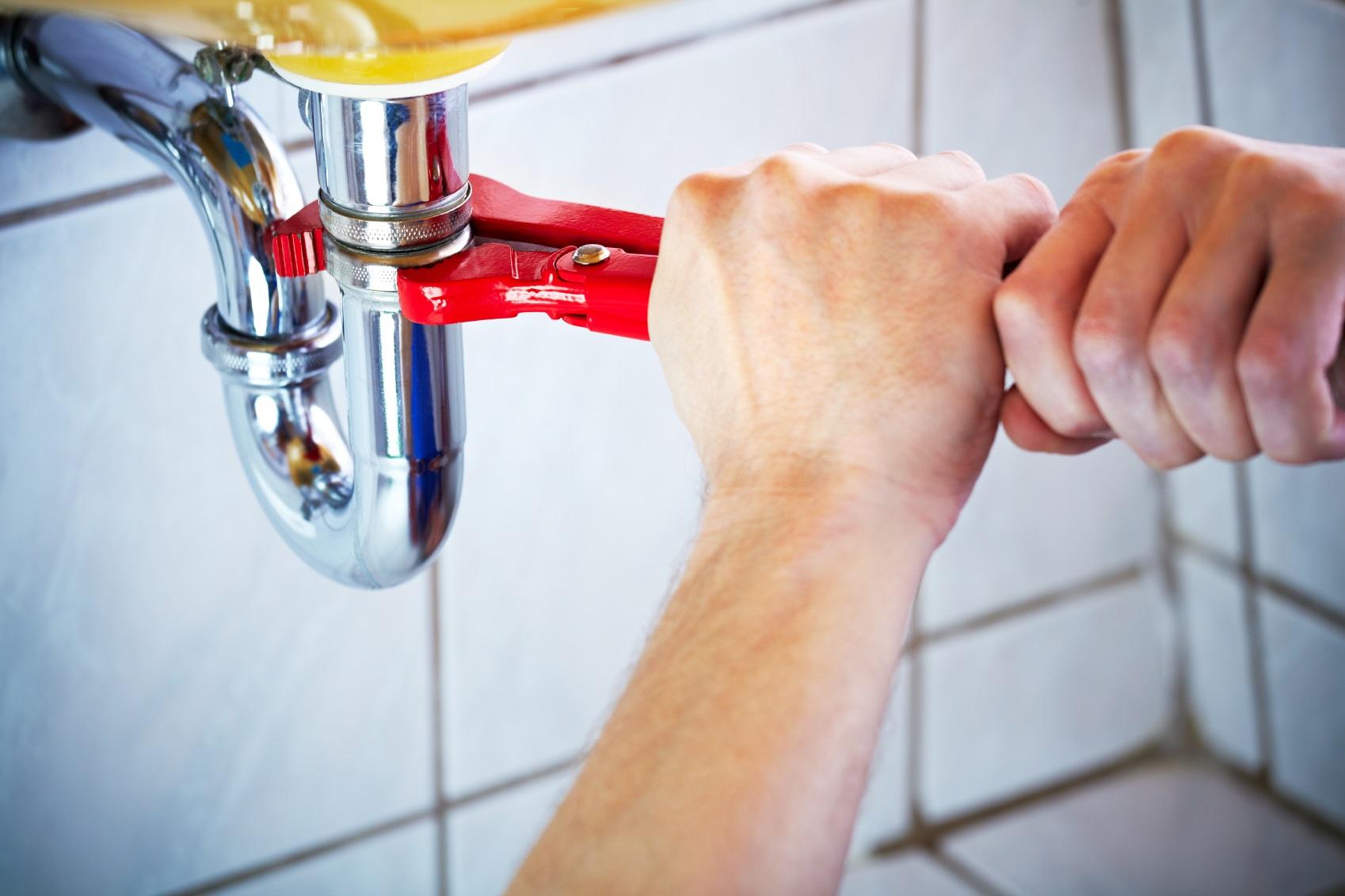 Iplumbing (Plumbing & Drain Work) — Founder & CEO : Mohammad Mostafazadeh